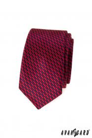 Wąski krawat czerwono-niebieskie prostokąty