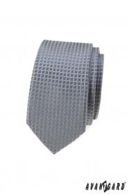 Szary wąski krawat w kratę