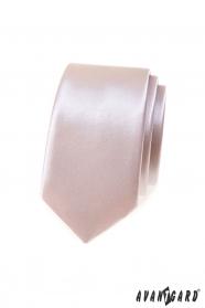 Błyszczący wąski krawat w pudrowym kolorze