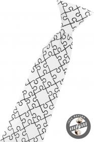 Biały krawat chłopięcy, Puzzle