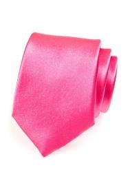 Krawat charakterystyczny różowy