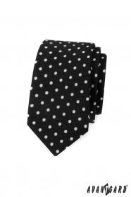 Wąski czarny krawat w białe kropki