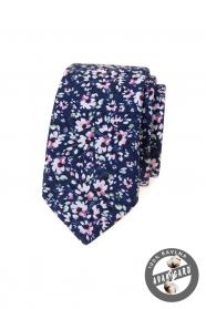 Ciemnoniebieski wąski krawat w różowe kwiaty