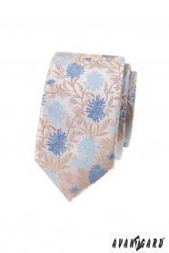 Beżowy wąski krawat w niebieskie kwiaty