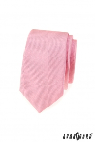 Wąski krawat w różową fakturę
