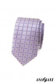 Wąski krawat w liliowe kwiaty