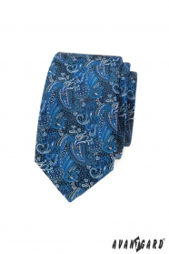 Wąski krawat w niebieski wzór paisley