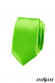 Wąski krawat zielony monochromatyczny błyszczący