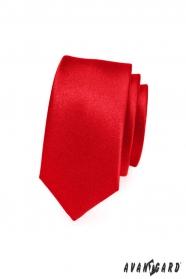 Wąski krawat czerwony