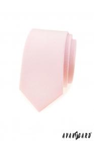 Wąski krawat delikatnie w kolorze łososiowym