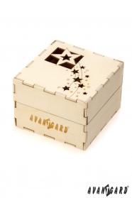 Drewniane pudełko na prezenty świąteczne