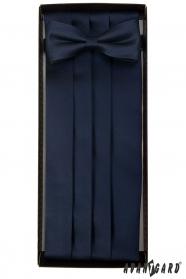 Ciemnoniebieski pas smokingowy z muszką i poszetką