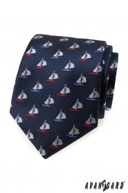 Niebieski krawat, kolorowa żaglówka