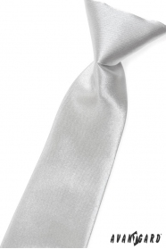 Srebrny błyszczący krawat chłopięcy