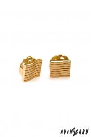 Złote nakładki na guziki z pofałdowaniami